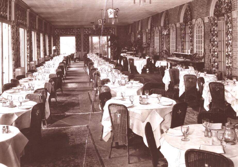 Throwback a luxury hotel in the roaring 20s re for Hotel terrace and restaurant